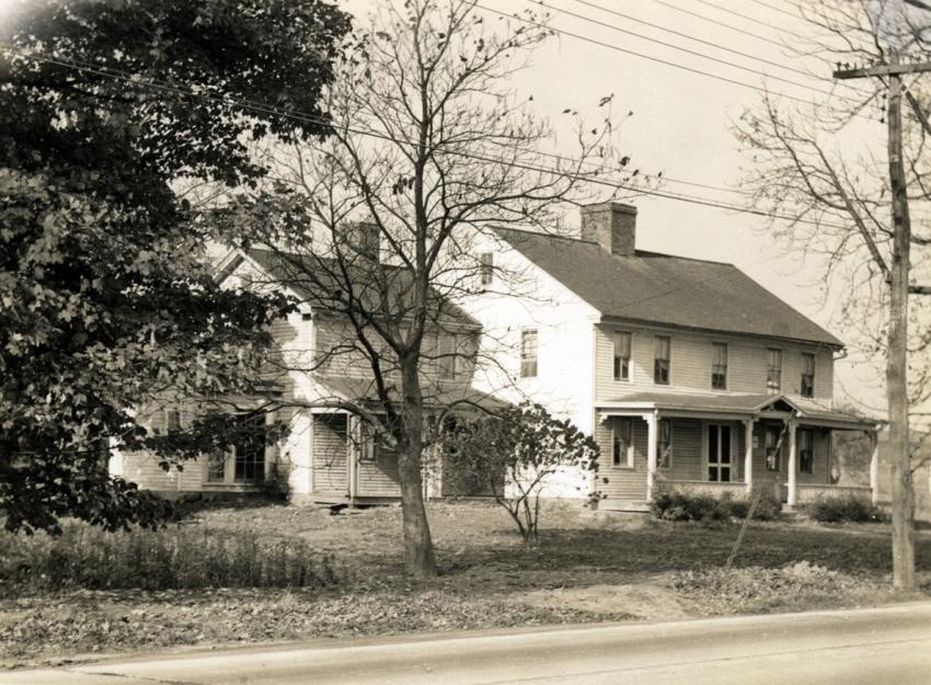 Isaac Hayden house, 957 Palisado Ave, built 1773