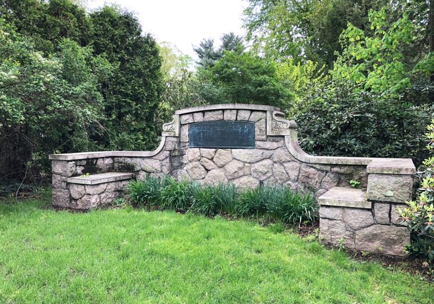 Matthew and Priscilla Grant monument