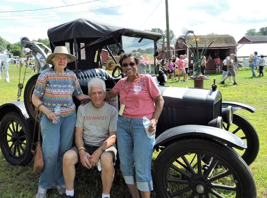Jane and Lon Pelton and Florence Barlow with Model T